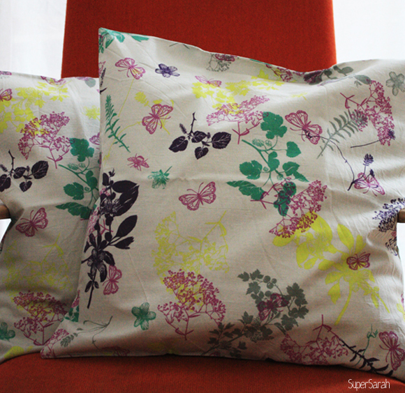 SuperSarah - floraler Kissenbezug