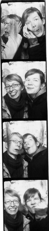 SuperSarah - Passfotoautomatenfotos 2013